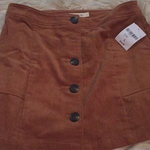 Mini skirt new with tags